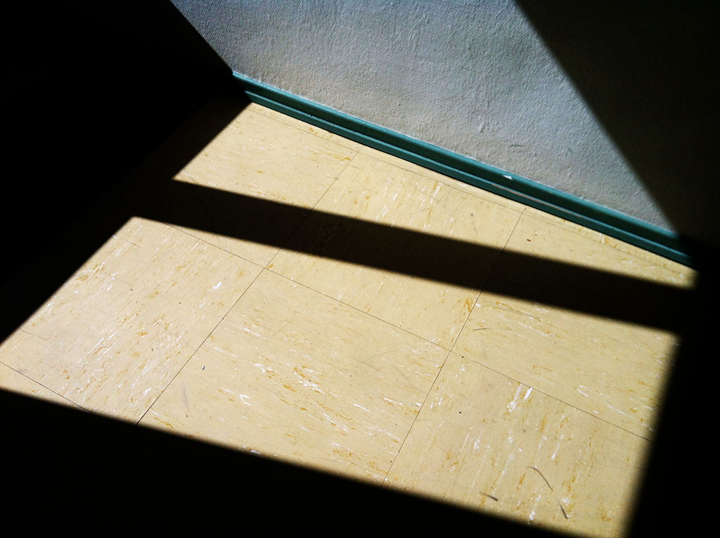 Preview,Kim-Engelen,Sun-Penetrations,sp-diy38-200,Present-in-the-Atmosphere,2012,Kassel,Germany,11x15cm