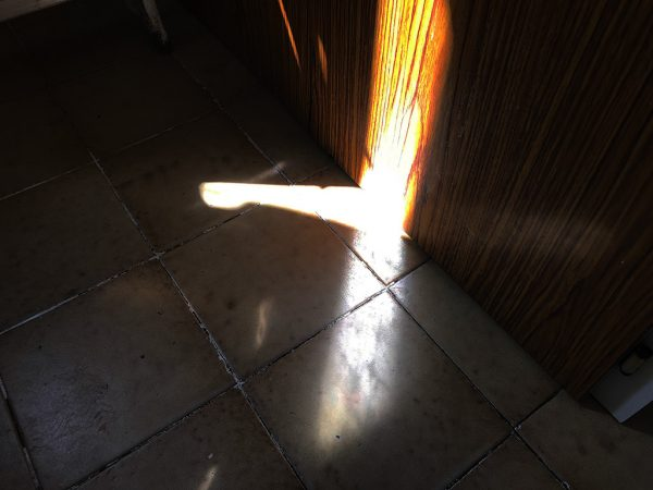 Preview,Kim-Engelen,Sun-penetrations,sp-diy36-200,Encounters,Valencia,-Spain,2020,11x15cm