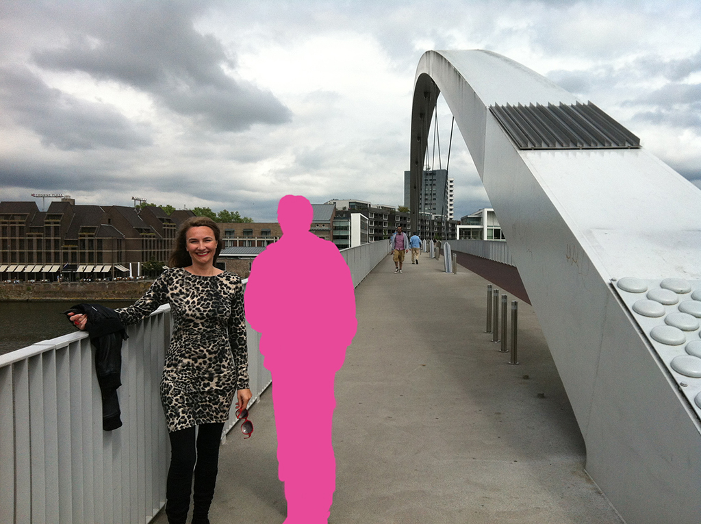 Kim Engelen [Bridges] THE INVISIBLES: Pink, Hoge-Brug, Maastricht, Netherlands, 2013+2017